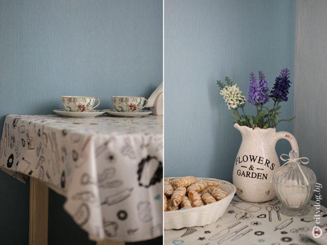 """Голубые стены маленькой кухни в стиле """"Прованс"""""""