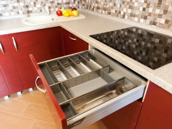 Ящик для кухонных предметов