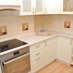 Классическая бежевая кухня 7 кв.м за 1800$