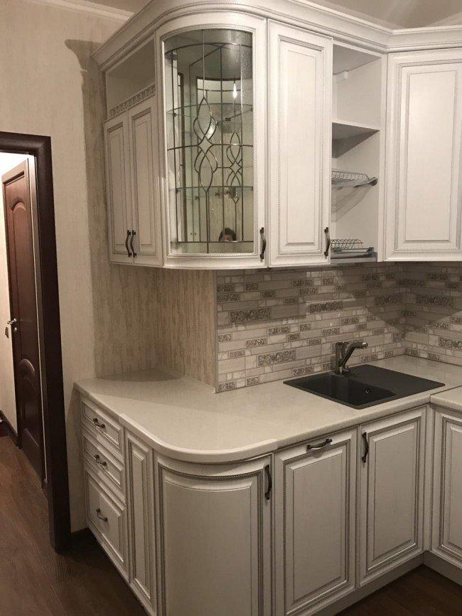 Кухня 13 кв м в классическом стиле