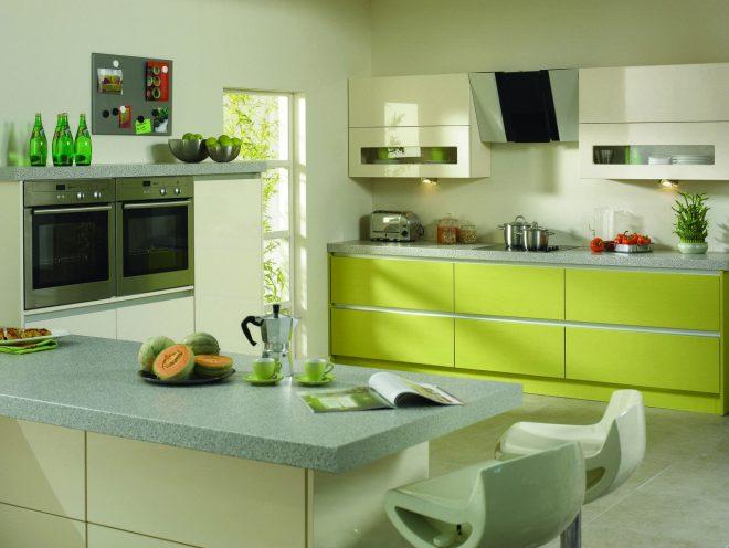 Кухня цвета лайма в современном стиле