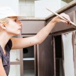 Покраска мебельных фасадов МДФ: виды красок и лаков, технология нанесения