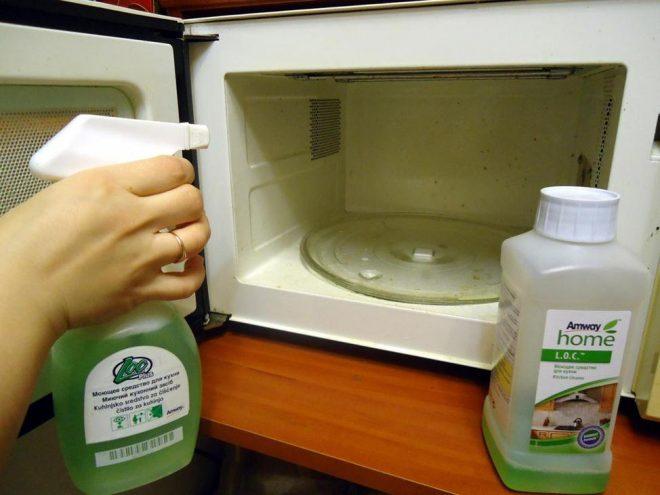 Использование стеклоочистителя