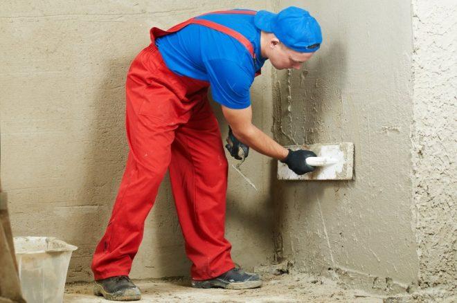 Оштукатуривание стен на кухне