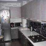 Дизайн угловой кухни, совмещенной с гостиной
