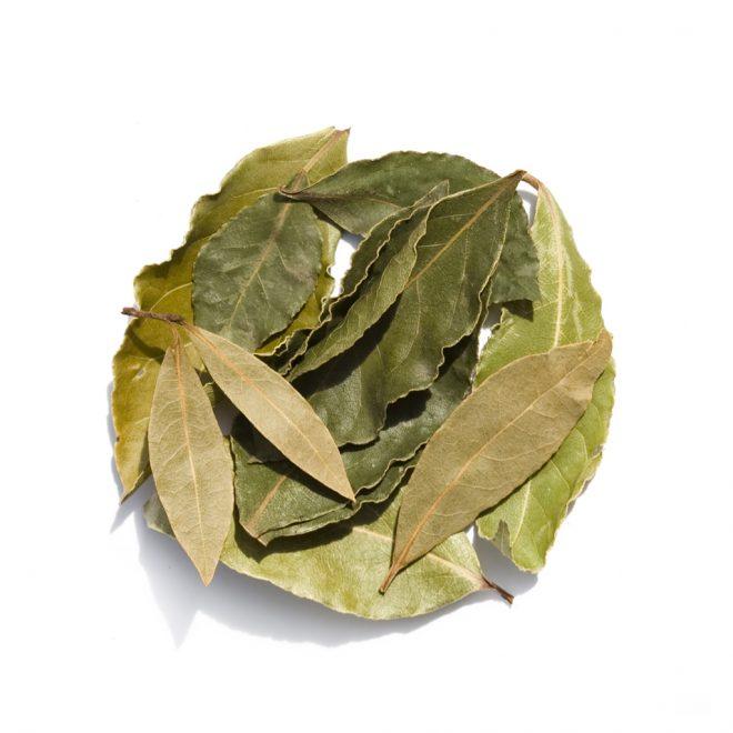 Очистка чайника лавровым листом