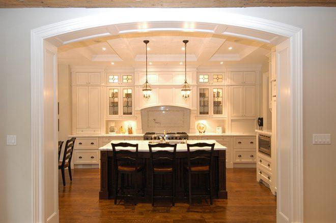Большая арка на кухню