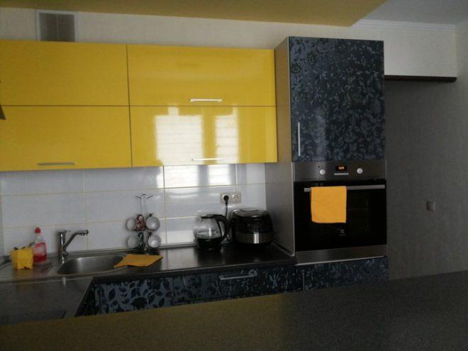Желтые фасады