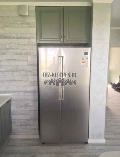 Холодильник с антресолью