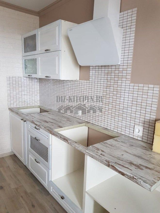 Современная белая кухня с МДФ фасадами