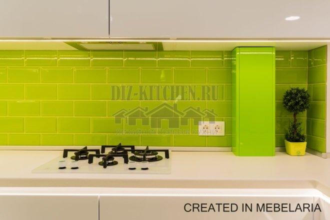 Стеновая панель из салатовой плитки