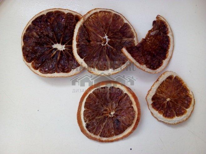 Высушенный апельсин для декора