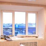 Как клеить обои правильно — от окна или к окну?
