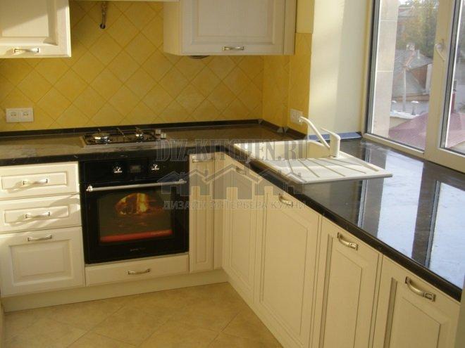 Кухня Агнез из массива с тонировкой
