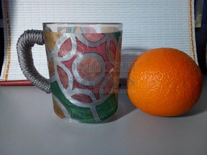 Декор чашки в витражном стиле