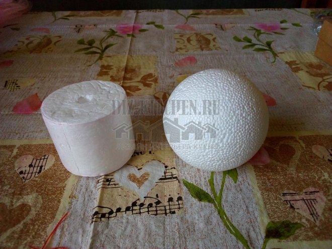 Пенопластовые шар и цилиндр