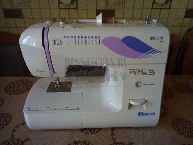 Швейная машинка для изготовления хлебницы