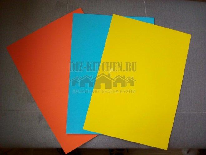 Цветная бумага в качестве фона