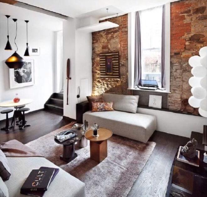Кухня-гостиная с кирпичной стеной